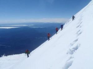 ascensiones al volcán osorno - grow in patagonia chile