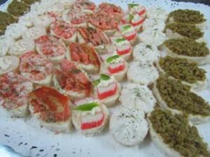 empanadas brochetas cebiches minipizzas minichurrascos fiestas deliver