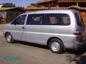 moderno minibus hyundai h1 doble aire acondicionado